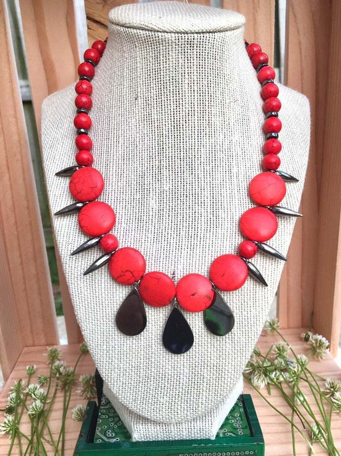 Red Stone Spike Necklace - Fierce Jewelry - Red & Black Statement Accessories