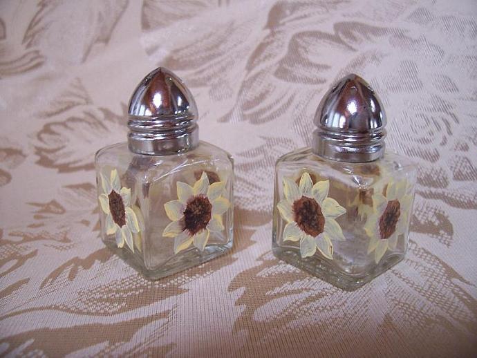 Sunflower Mini Salt  and Pepper Shakers