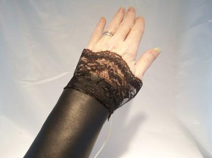 GORGEOUS JET BLACK LEATHER and LACE VICTORIAN CORSET CUFFS with 3 DIF