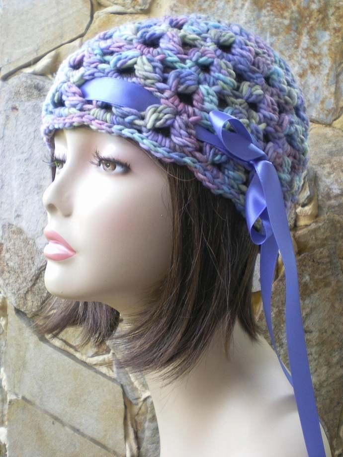 hand crochet cloche beanie hat ~ scallop hat ~ kaleidos