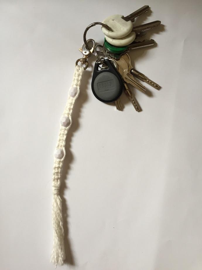 Macrame keychain/bag clip