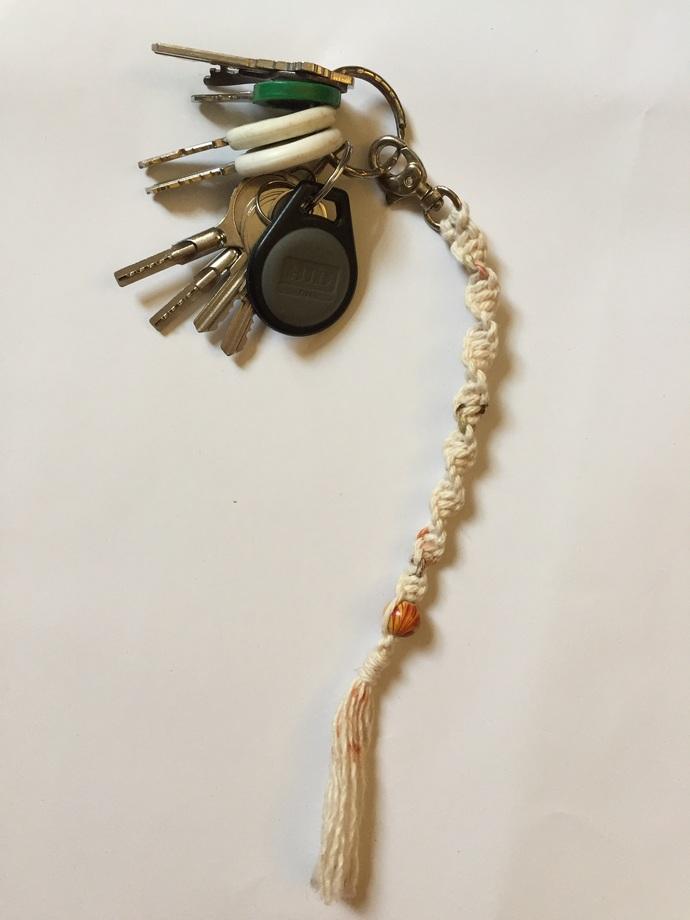 Macrame key chain/bag clip