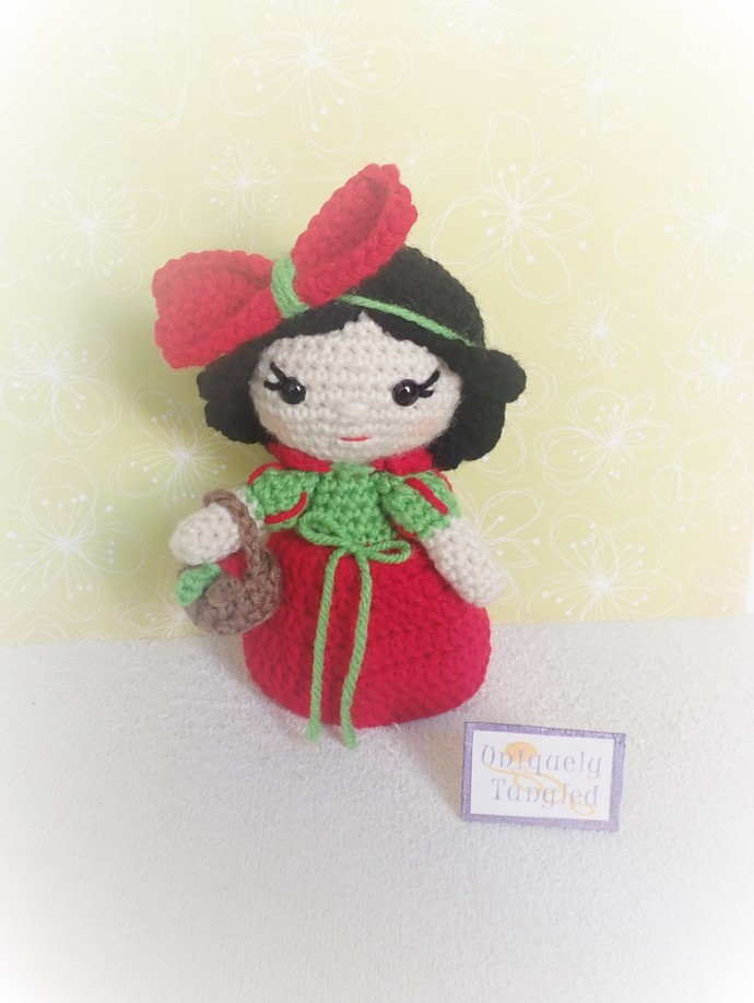 Princess Apple- Crochet Amigurumi Pattern PDF