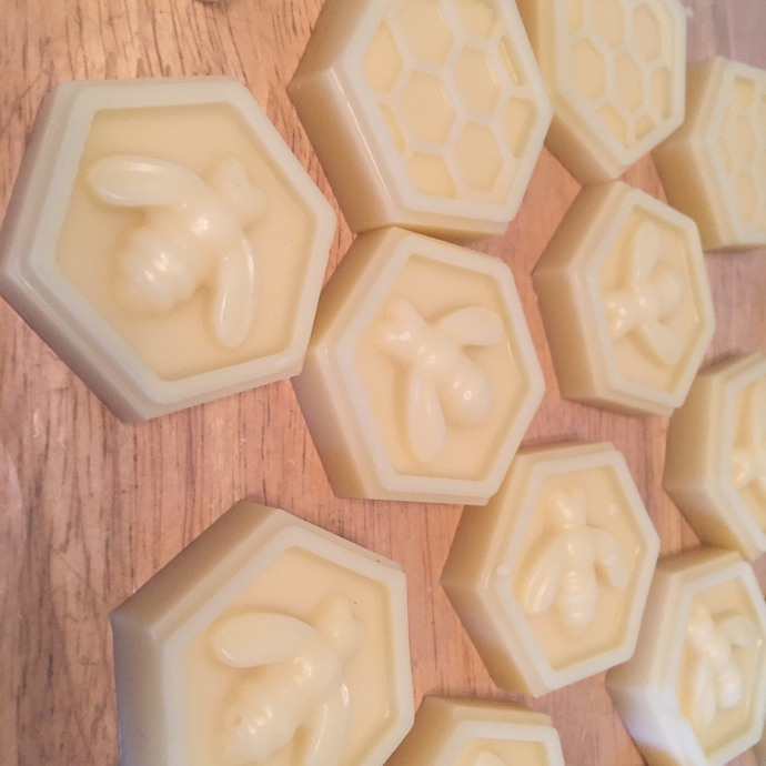 Balm/Lotion Bars: New 0.4oz Bee Honeycomb Shape