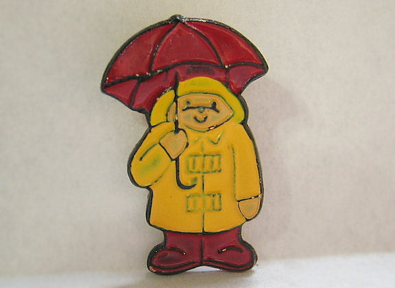 Paddington Bear Sewing Button Rain Coat & Umbrella