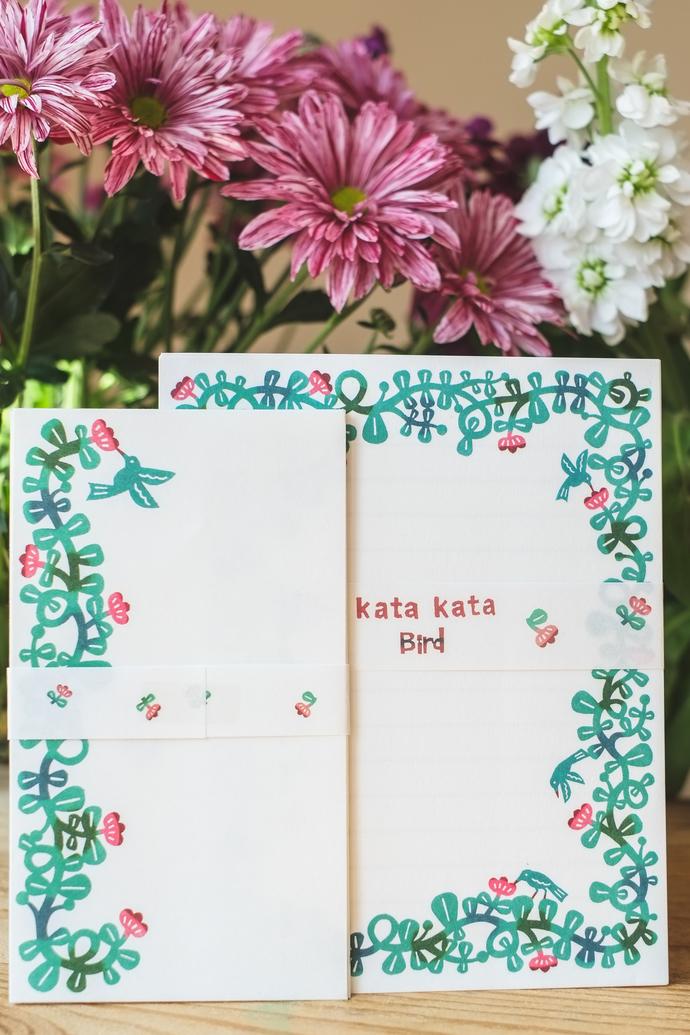 Kata Kata letter set - Bird - 12 letter sheets with 4 envelopes