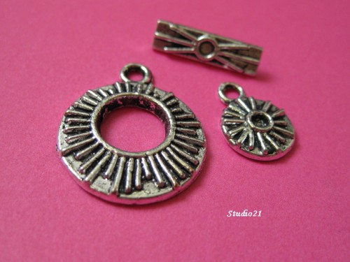 10 sets Tibetan Silver Finish 3-Piece Toggle Clasp