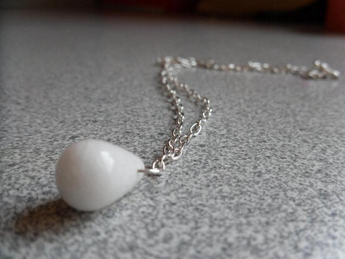 White Tear-Gemstone Necklace