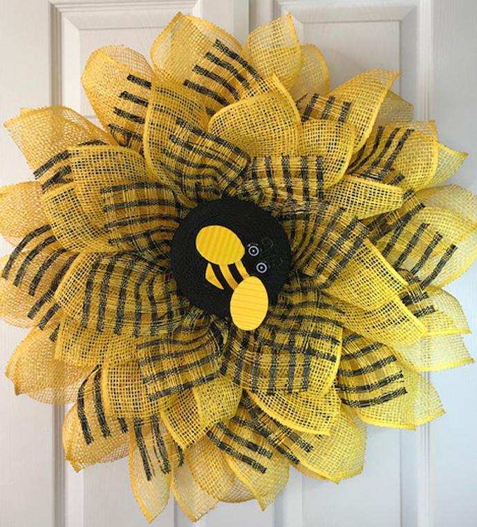 Sunflower Design Bee Wreath