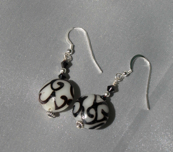 Black and White Swirls Glass Earrings-9035