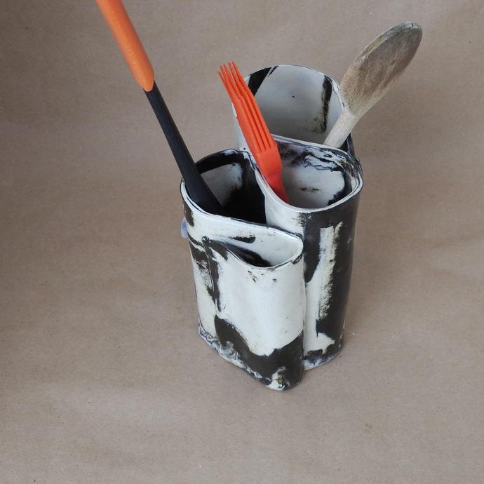 Toothbrush Holder, Black And White Handmade Pottery, Makeup Brush Holder, Pencil