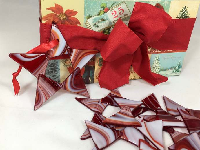 Glass Red and White Star Christmas Ornament for Tree Decoration Window Hanging