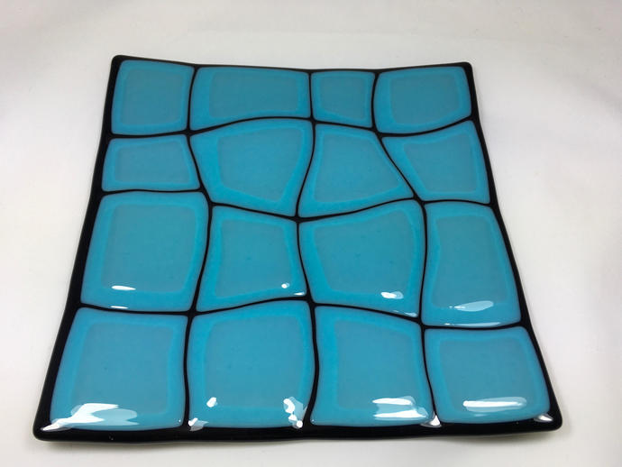 Black and turquoise glass plate