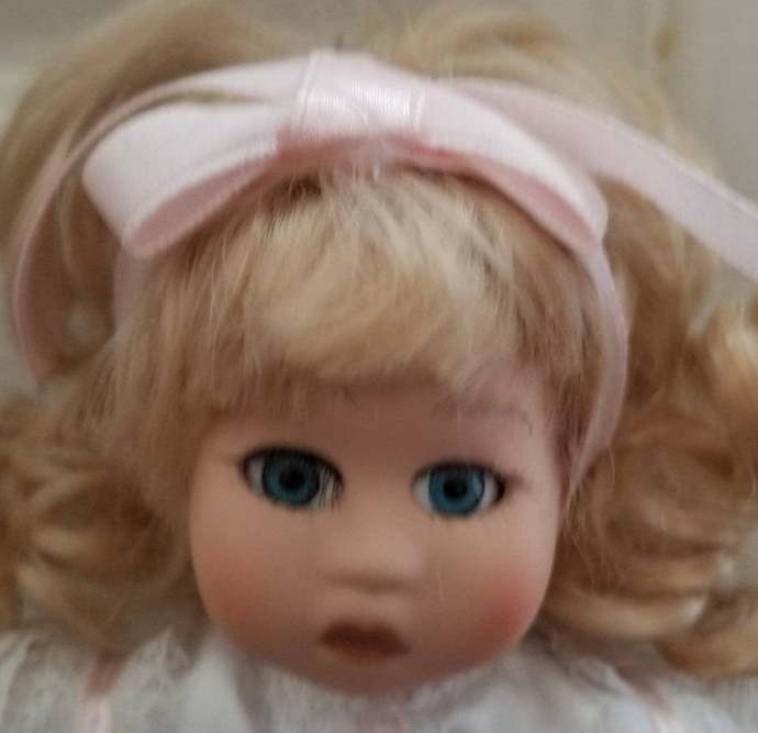 Vintage Paradise Treasures exclusive collection doll