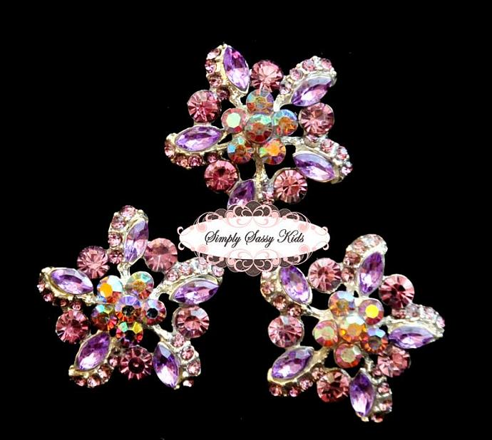 RD78 GoRgEoUs Lavender Rhinestone Embellishment Buttons - Add to flowers,