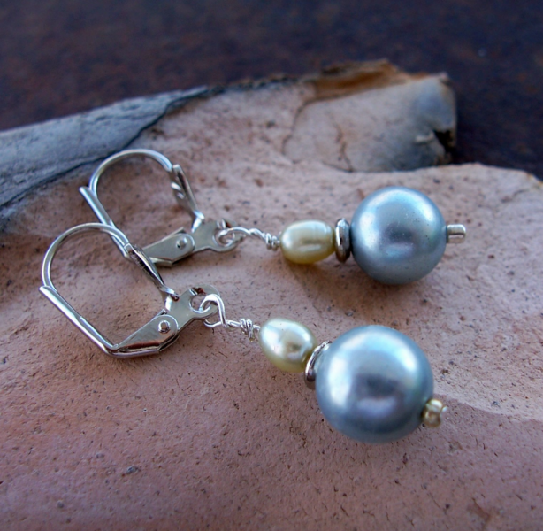 Grey Glass Pearls and Freswater Pearls Earrings