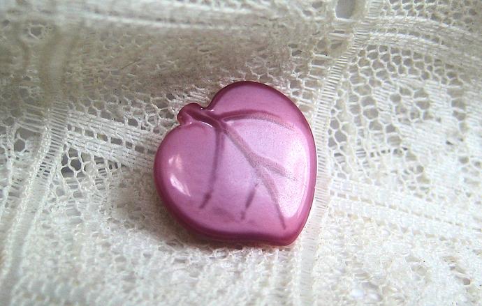 Pink Glass DIG Button Leaf Realistic Vintage 50s