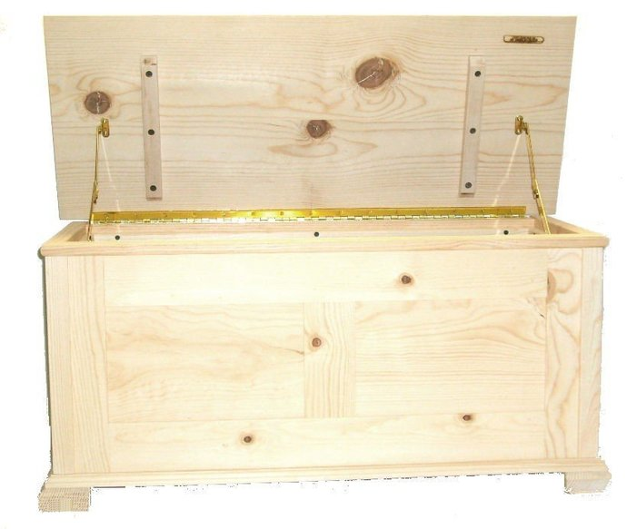 Unfinished Pine, Cedar Lined Hope Chest