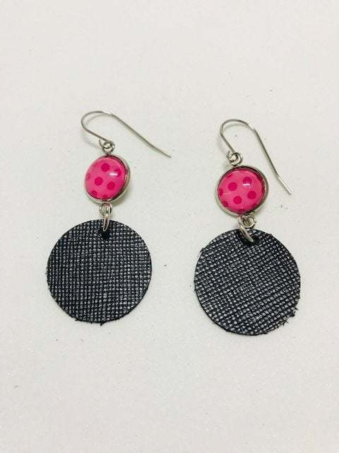 Leather, Leather earrings, Earrings, Pink and black, Pink cabochons, Black