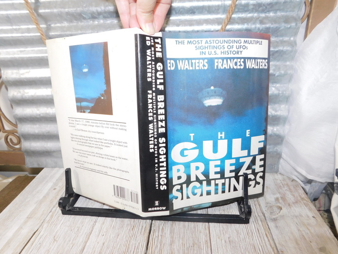 The Gulf Breeze Sighting 1990, First Edition  Ed Walters,  Frances Walters,