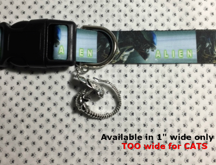 """Alien, Extraterrestrial, Scary, Science Fiction 1"""" wide adjustable Dog collar"""