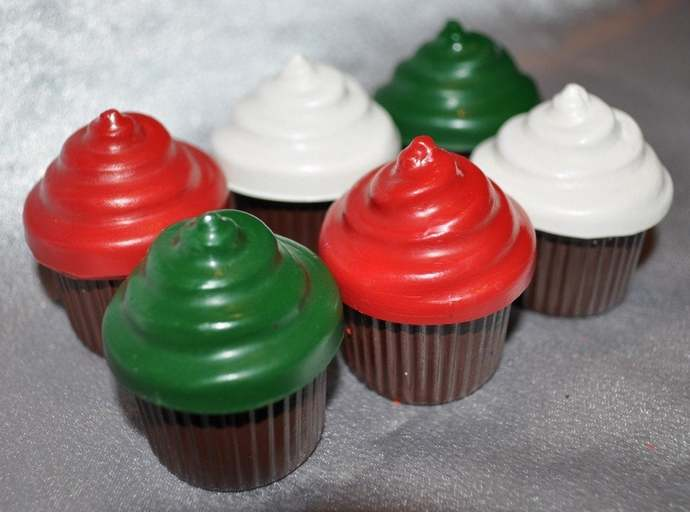 Recycled Crayons Cupcake Shaped - Set of 6.  Boy or Girl Kids Unique Party