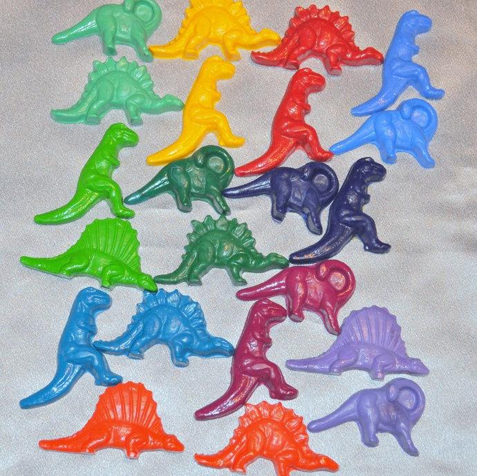 Dinosaur Crayons, Dinosaur Party Favors, Dinosaur Shaped Recycled Crayons, Total