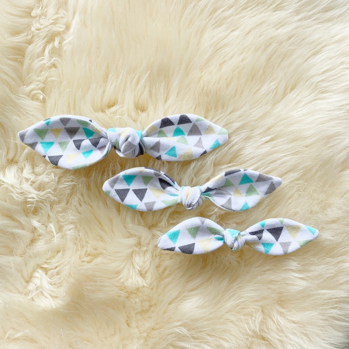 20% OFF! Triangles Bow