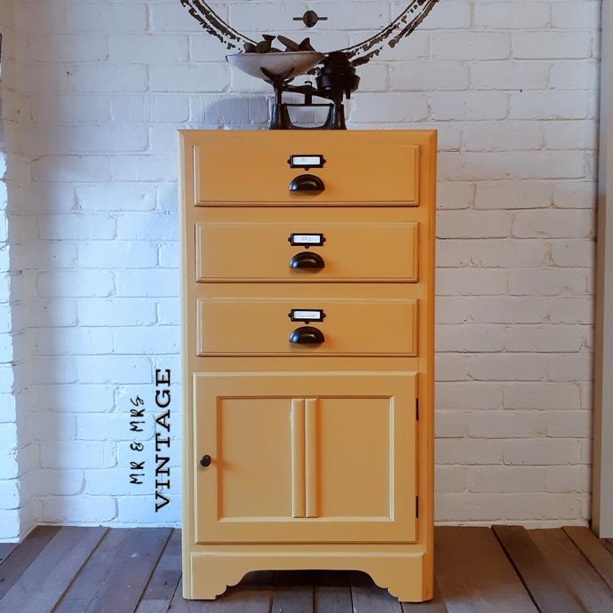 Vintage Drawers Unit