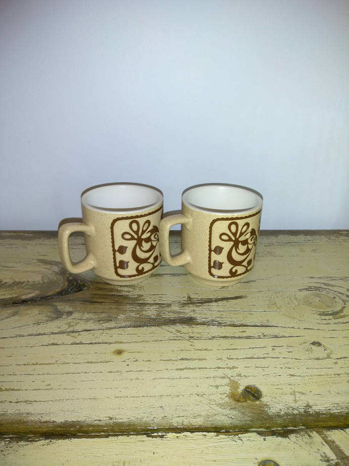 Vintage Bird Stoneware Coffee Mugs