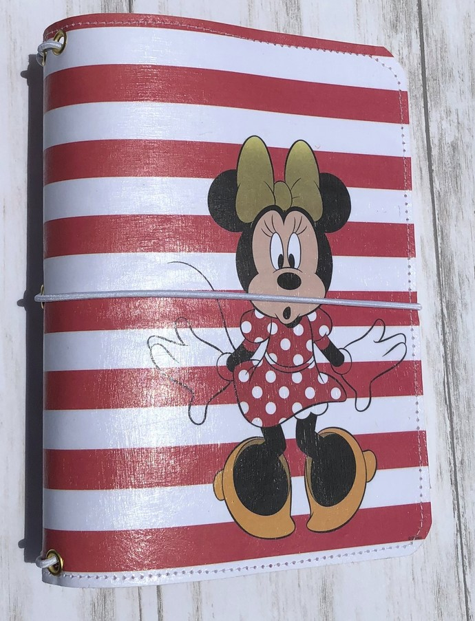 Paperdori Travelers Notebook Cover. Faux leather paperdori. Minnie Mouse