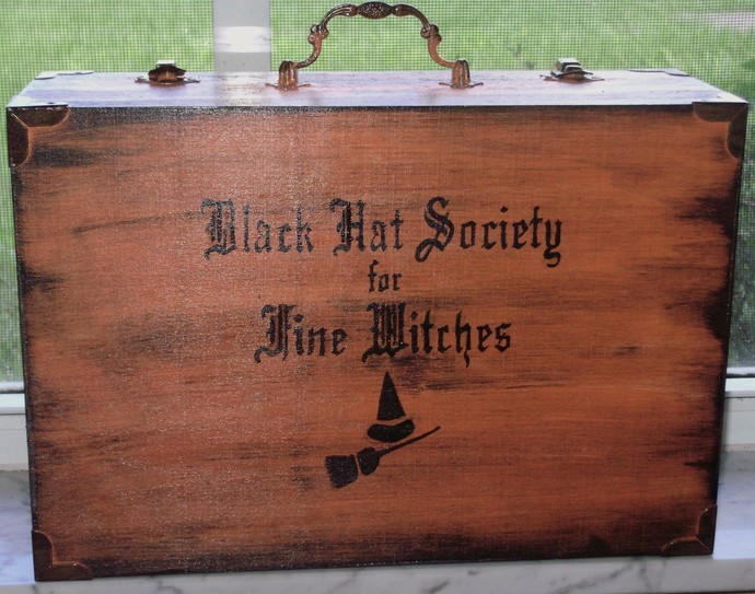 Witchcraft Primitive Witch Spells Potions Purse Box Black Hat Society Witches