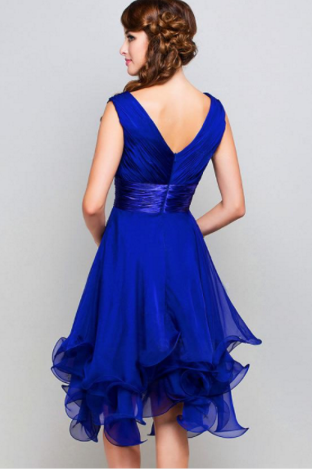 Pretty Chiffon V-neck Neckline Knee-length Ruffled A-line Homecoming Dresses