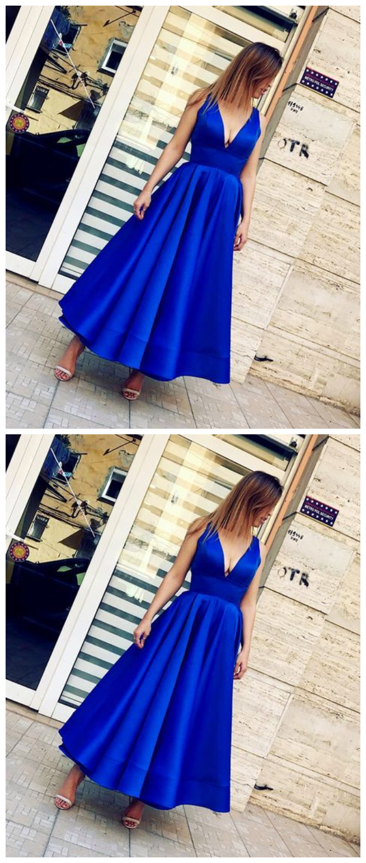 Deep V-Neck Sleeveless Royal Blue Long Prom Homecoming Dress