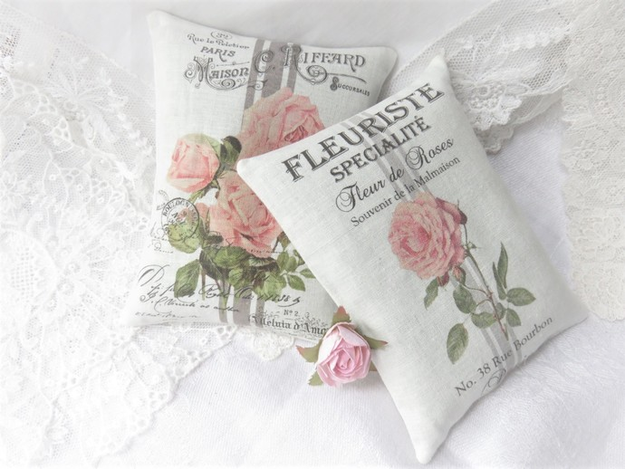 24 Personalized French Roses Grainsack Style Lavender Sachets Guest Party Shower