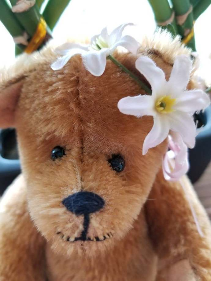 Vintage 8 inch jointed bear