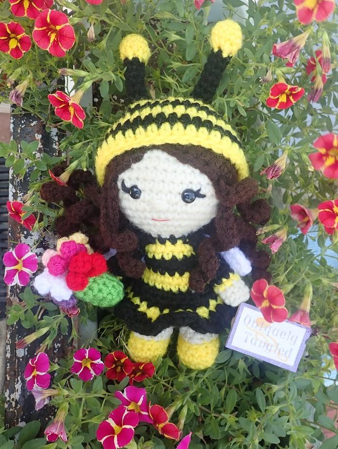 Pippa in Bee Costume- Crochet Amigurumi PDF-English