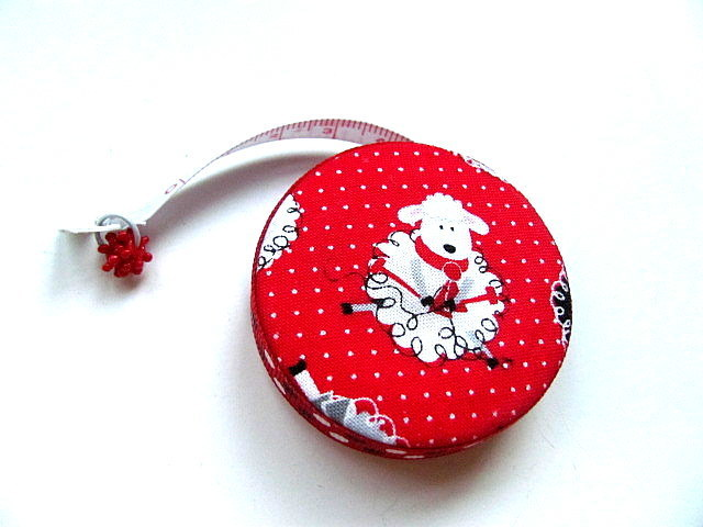 Tape Measure Knitting Sheep on Red Same Retractable Measuring Tape