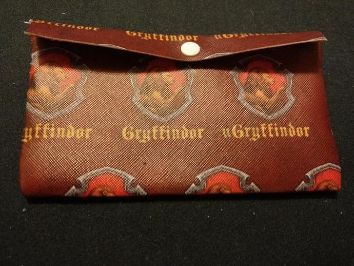 Gryffindor  wallet/pouch