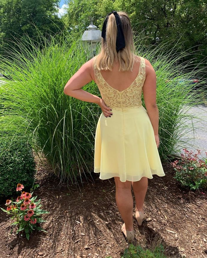 Sexy Lace Yellow Short Homecoming Dress Prom Dress