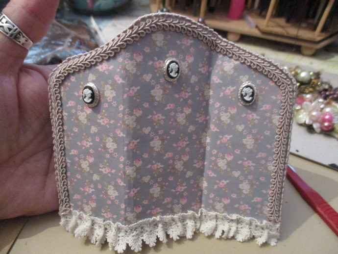 Shabby Chic Miniature Bedroom Devider - Handmade
