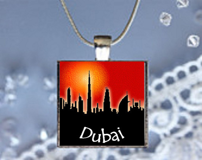 Pendant Necklace City Skylines Dubai