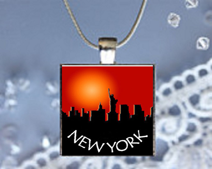 Pendant Necklace City Skylines New York