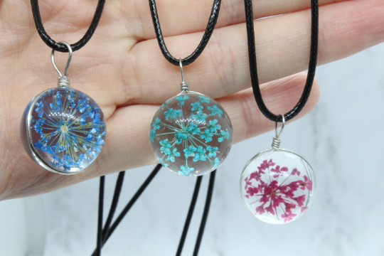 Resin jewelry with real light blue flower, resin necklace, terrarium pressed