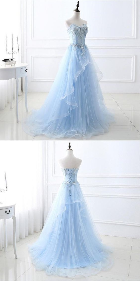 A-Line Sweetheart Tulle Blue Appliqued Prom Dresses With Beading