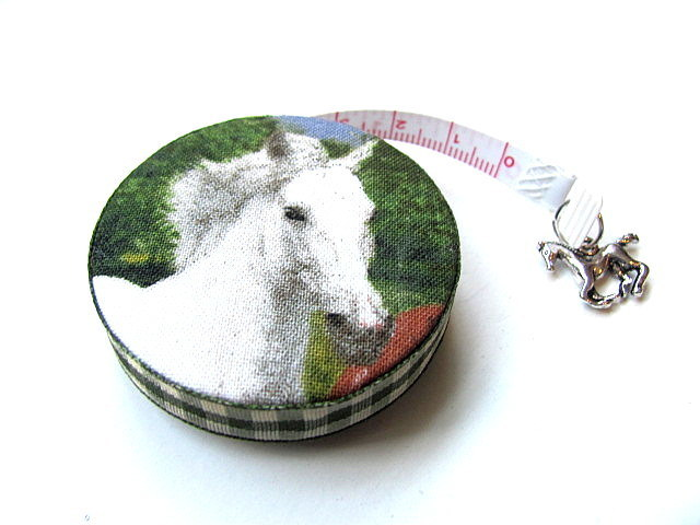 Tape Measure Horses Small Retractable Measuring Tape