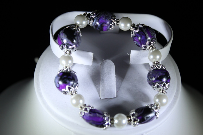 Stretch bracelet polymer clay. Free shipping USA only