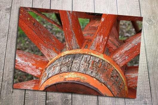 Wagon Wheel Postcard, Walnut Grove, Minnesota, Little House on the Prairie,