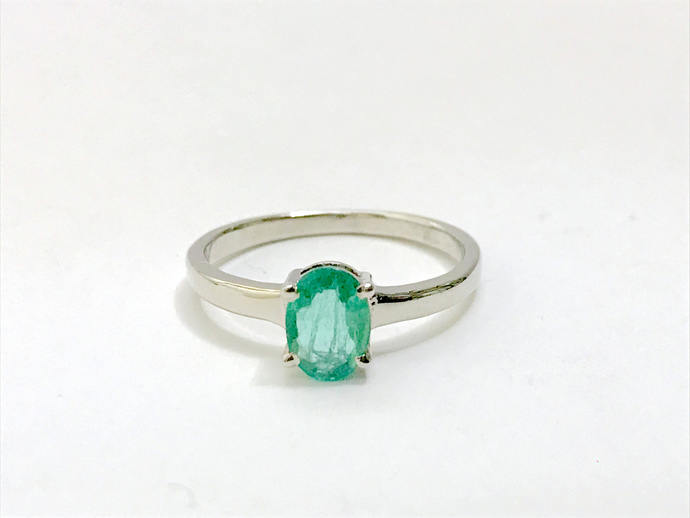 100% NATURAL EMERALD RING ,Oval shape , May Birthstone ,Woman Jewelry , 925