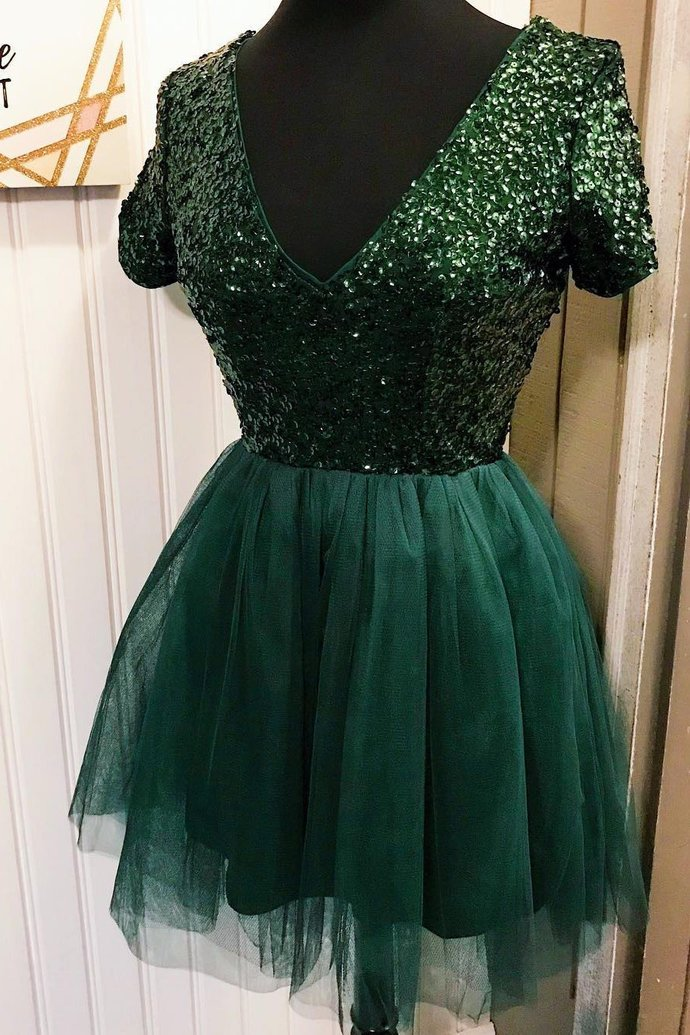 Sexy Sparkly Tulle Dark Green Homecoming Dress with Short Sleeve